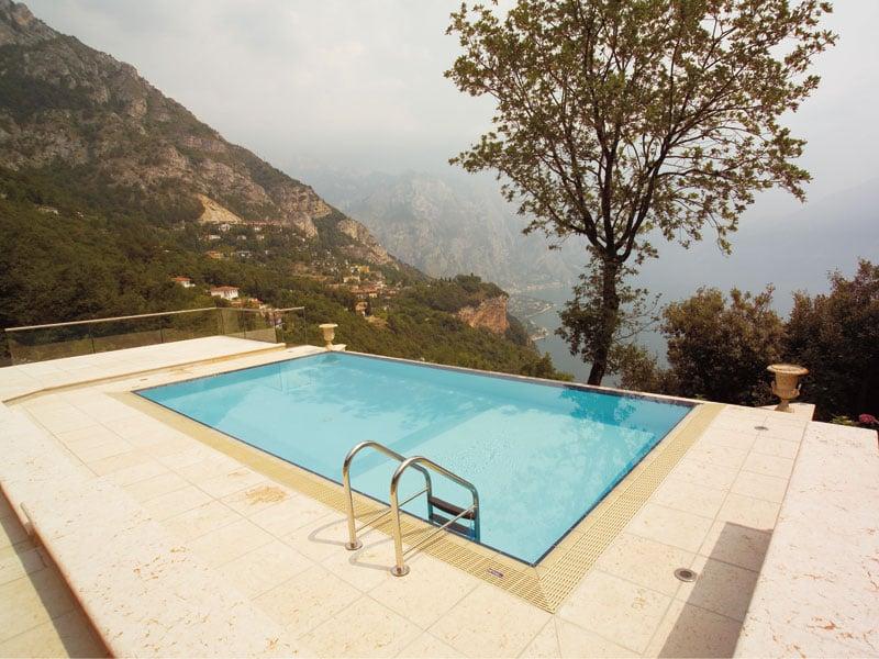 Piscine castiglione tecnologia in acqua for Castiglione piscine