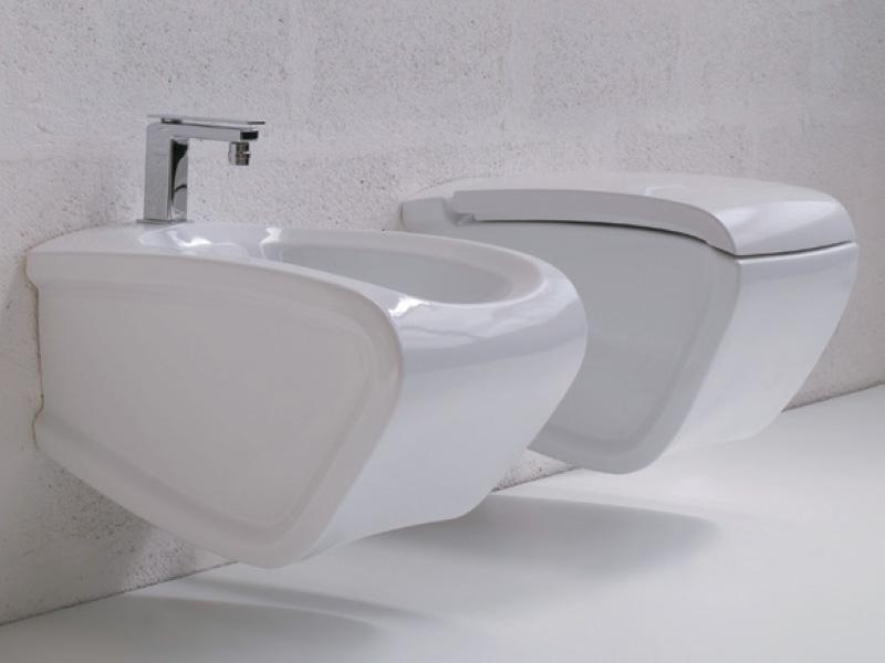 nata nel 1989 hidra oggi unazienda specializzata nel design e nella produzione 100 italiana di collezioni arredo bagno e sanitari per il settore