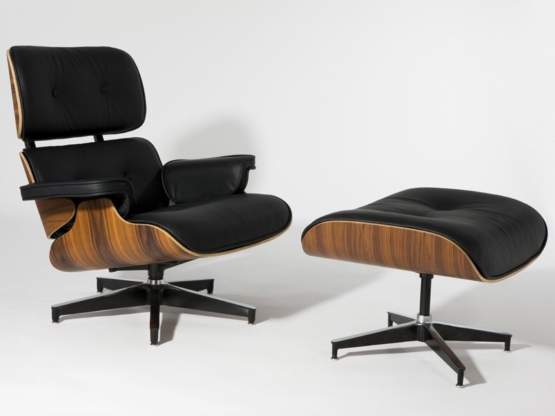 Mobili di design la lounge chair di charles eames for Mobili di design uk
