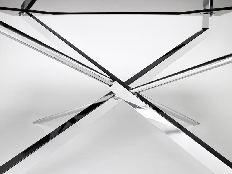 I tavoli in resina e cristallo di neroacciaio for Tavoli in cristallo