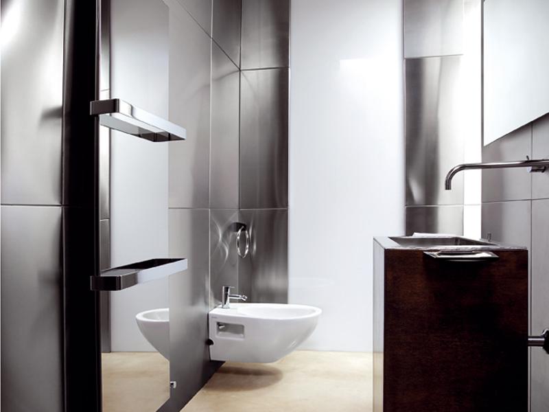 Ice bagno inox reflex di caleido ai saloni 2012 - Termoarredo design bagno ...