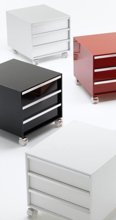 occasioni d 39 autunno firmate mdf italia. Black Bedroom Furniture Sets. Home Design Ideas