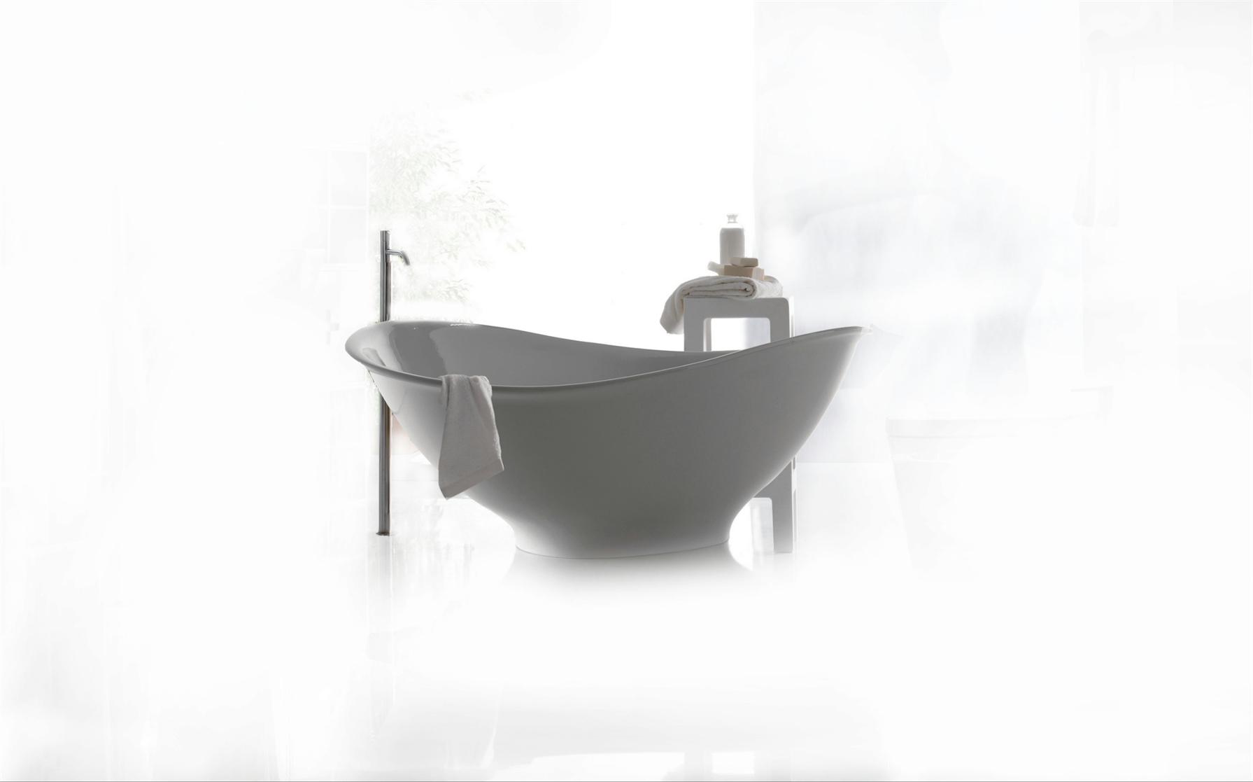 L ambiente bagno interpretato da galassia - Sognare vasca da bagno ...