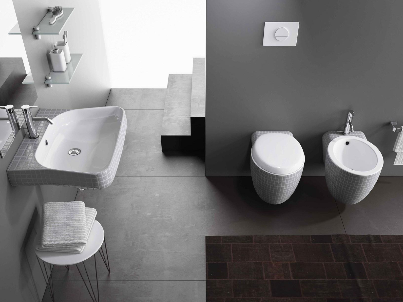 Stile interpreta l 39 ambiente bagno con mosaiko for Arredo bagno semplice