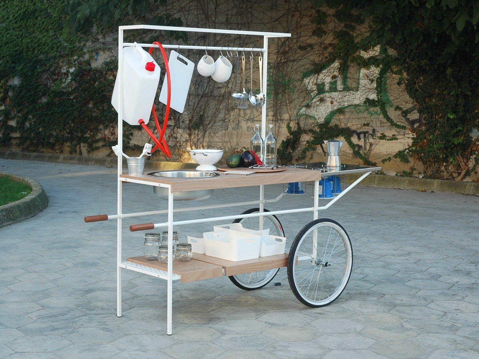 Torna a milano q cina la cucina mobile su ruote per lo for Mobile con ruote