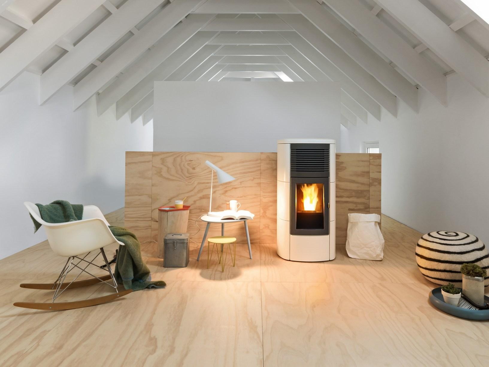 Scaldare la casa con un 39 unica stufa - Stufa a pellet con termosifoni ...