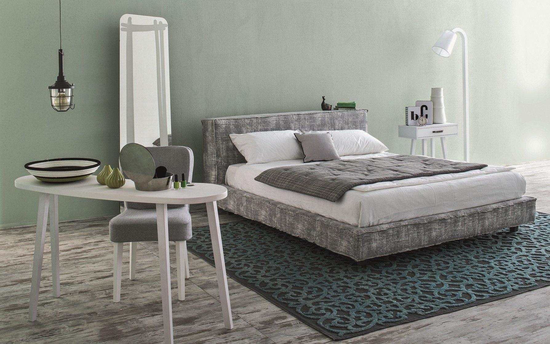 Eclettismo e richiami orientali per la camera da letto