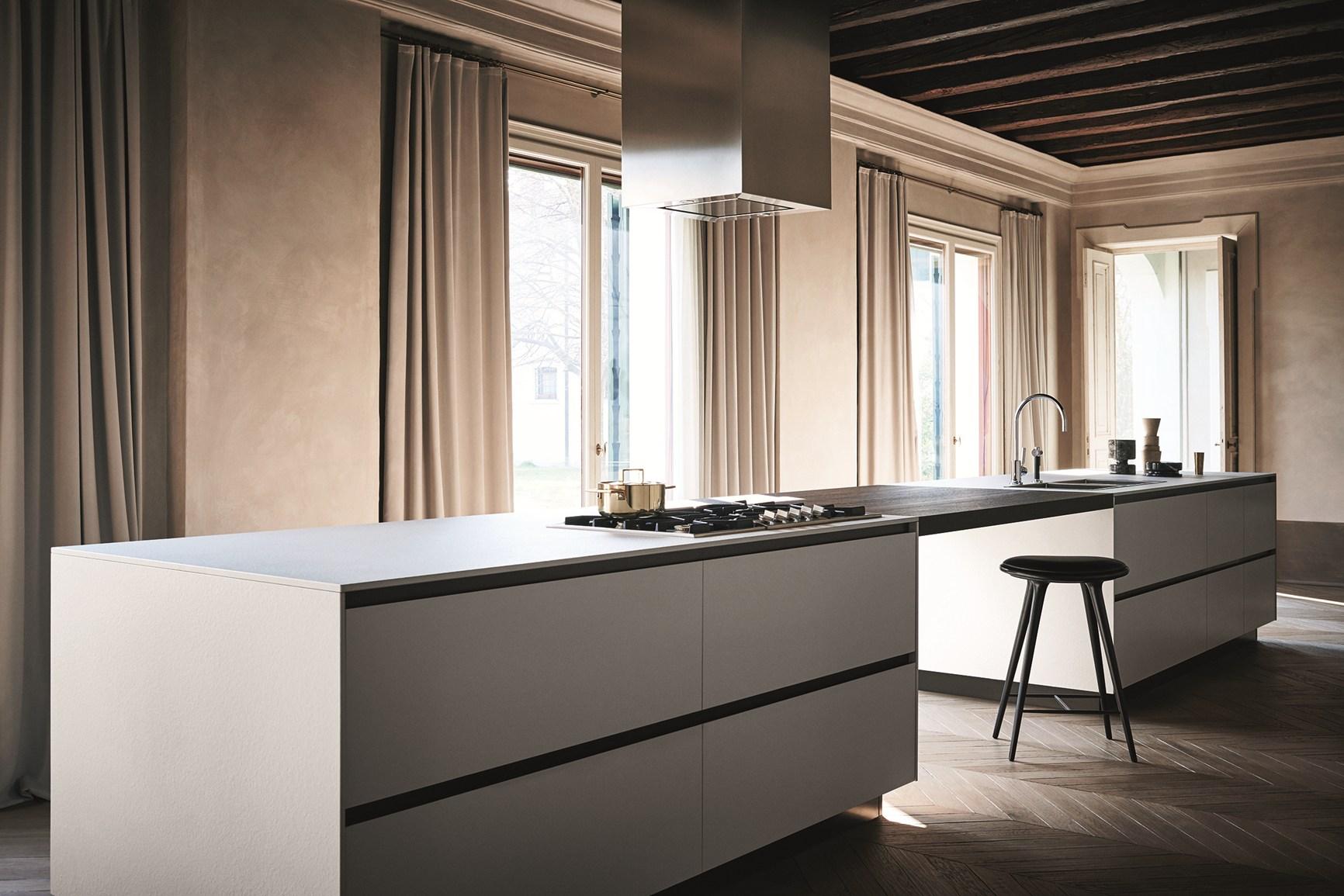 Ceramica alluminio rovere la cucina secondo cesar for Cesar arredamenti