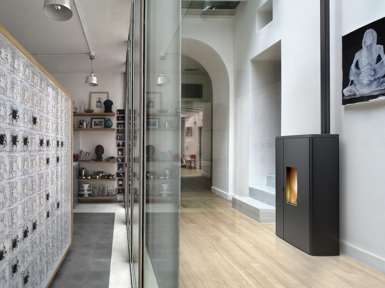 Ecosostenibilit e design il fuoco secondo mcz for Detrazione stufa a pellet 2017