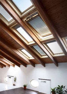 Velux finestre per tetti edilportale for Velux tetto in legno