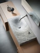 Nuovo Showroom Agape a Design Post, Lavabo 815 design Benedini Associati