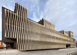 Il centro di ricerche biomediche di Vaillo + Irigaray