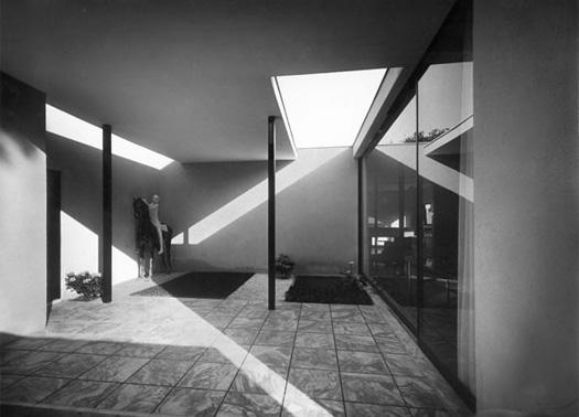 Architettura e fotografia in italia 1926 1965 for Architettura razionalista in italia