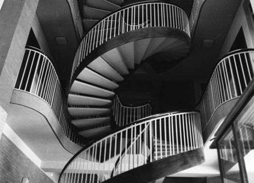 L architettura in bianco e nero nelle fotografie di oscar for Roma in bianco e nero