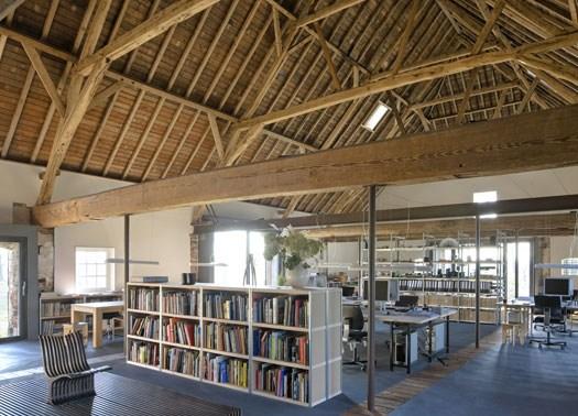 Nella vecchia fattoria dello studio olandese hilberink bosch for Architettura olandese