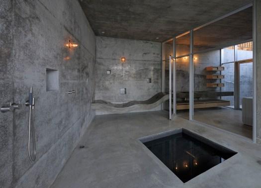 a house in kisami connessione tra la montagna e il mare. Black Bedroom Furniture Sets. Home Design Ideas