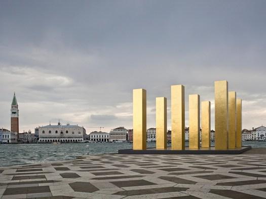 Trend per 'The Sky Over Nine Colums' - © Alessandra Chemollo