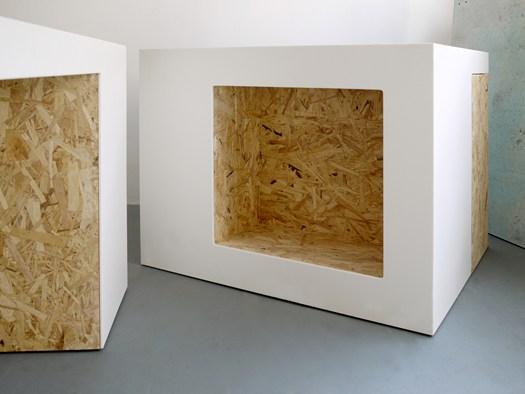 mobili in legno osb : SOLID SURFACE E OSB PER OGGETTI CHE ?INTERAGISCONO?