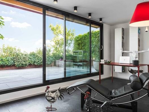 Casa moderna roma italy vetrate continue for Casa moderna vetrate