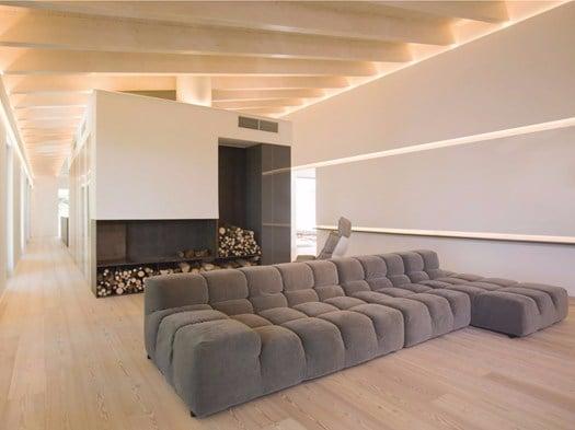 La casa unifamiliare sulle colline di Gubbio by Menichetti+Caldarelli