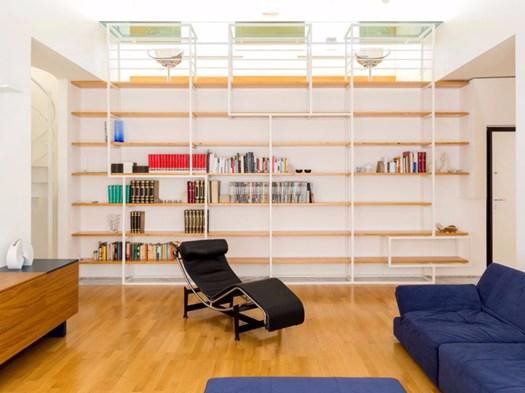 reggio calabria la casa del dinosauro. Black Bedroom Furniture Sets. Home Design Ideas