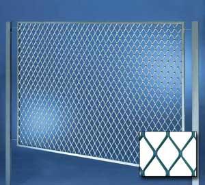 Recinzione in rete stirata recinzione fils for Rete stirata per cancelli
