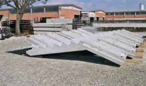 Scala prefabbricata in cemento armato - Scale