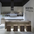 RI.FRA - MOBILI SRL - Rifra Fly Kitchen, new cement, oak and clay finishes